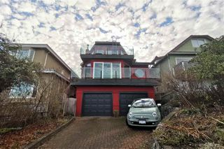 Photo 2: 3850 W 12TH Avenue in Vancouver: Point Grey House for sale (Vancouver West)  : MLS®# R2372916