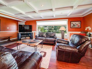 Photo 3: 11111 36 Avenue in Edmonton: Zone 16 House for sale : MLS®# E4163644