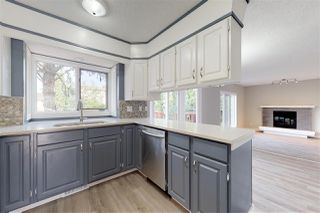 Photo 8: 15836 98 Street in Edmonton: Zone 27 House for sale : MLS®# E4164717