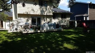 Photo 3: 447 Coldspring Crescent in Saskatoon: Lakeview SA Residential for sale : MLS®# SK779963