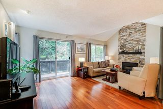 "Photo 4: 21 9000 ASH GROVE Crescent in Burnaby: Forest Hills BN Townhouse for sale in ""Ashbrook Place"" (Burnaby North)  : MLS®# R2417763"