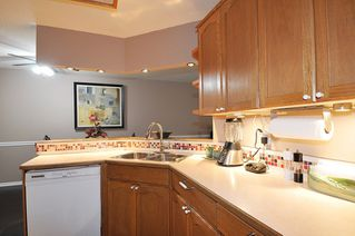 "Photo 10: 8 21491 DEWDNEY TRUNK Road in Maple Ridge: West Central Townhouse for sale in ""Dewdney West"" : MLS®# R2418711"