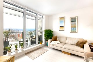 Main Photo: 1511 285 E 10TH Avenue in Vancouver: Mount Pleasant VE Condo for sale (Vancouver East)  : MLS®# R2423170