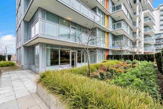 Photo 2: 503 8688 HAZELBRIDGE Way in Richmond: West Cambie Condo for sale : MLS®# R2423261