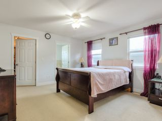 Photo 9: 5970 165 Street in Surrey: Cloverdale BC House for sale (Cloverdale)  : MLS®# R2428092