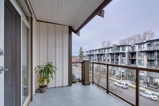 "Photo 17: 404 15388 101 Avenue in Surrey: Guildford Condo for sale in ""ASCADA"" (North Surrey)  : MLS®# R2428408"