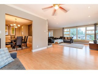 Photo 5: 4777 CLINTON Street in Burnaby: South Slope House for sale (Burnaby South)  : MLS®# R2432788