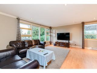 Photo 3: 4777 CLINTON Street in Burnaby: South Slope House for sale (Burnaby South)  : MLS®# R2432788