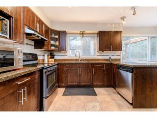 Photo 7: 4777 CLINTON Street in Burnaby: South Slope House for sale (Burnaby South)  : MLS®# R2432788