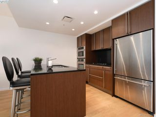 Photo 7: 202 100 Saghalie Rd in VICTORIA: VW Songhees Condo for sale (Victoria West)  : MLS®# 833456