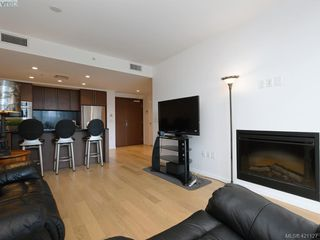 Photo 5: 202 100 Saghalie Rd in VICTORIA: VW Songhees Condo for sale (Victoria West)  : MLS®# 833456