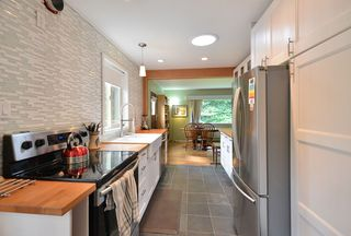 Photo 4: 1102 REED Road in Gibsons: Gibsons & Area House for sale (Sunshine Coast)  : MLS®# R2448224