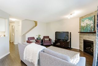 Photo 3: 18 2561 RUNNEL Drive in Coquitlam: Eagle Ridge CQ Townhouse for sale : MLS®# R2480689