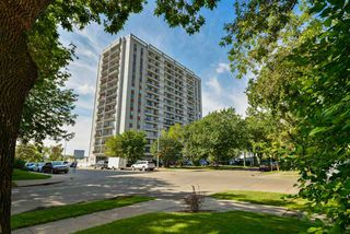 Photo 2: 1103 11307 99 Avenue in Edmonton: Zone 12 Condo for sale : MLS®# E4211281