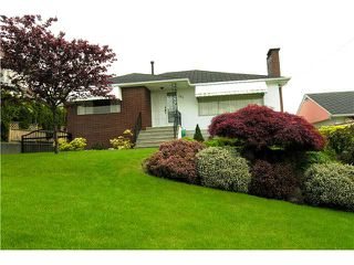 Photo 1: 350 GLYNDE Avenue in Burnaby: Capitol Hill BN House for sale (Burnaby North)  : MLS®# V892647