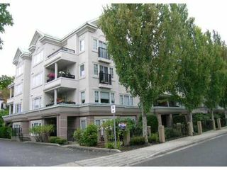 Main Photo: 108 55 Blackberry Drive in New Westminster: Fraserview NW Condo for sale : MLS®# V886314