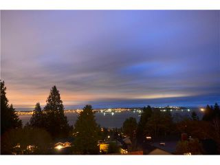 Photo 2: 2420 RUSSET Place in West Vancouver: Queens House for sale : MLS®# V981260