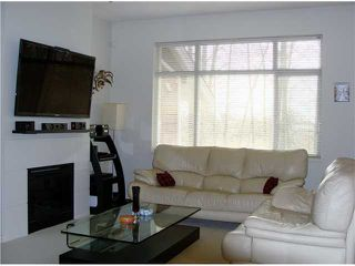 Photo 2: 62 6878 SOUTHPOINT Drive in Burnaby: South Slope Condo for sale (Burnaby South)  : MLS®# V997630