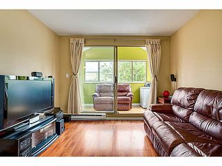 "Photo 5: 403 1099 E BROADWAY in Vancouver: Mount Pleasant VE Condo for sale in ""1099 BROADWAY"" (Vancouver East)  : MLS®# V1065407"
