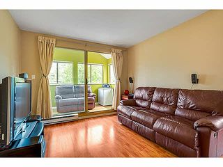 "Photo 6: 403 1099 E BROADWAY in Vancouver: Mount Pleasant VE Condo for sale in ""1099 BROADWAY"" (Vancouver East)  : MLS®# V1065407"