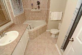 Photo 6: 180 Trail Ridge Lane in Markham: Berczy House (2-Storey) for sale : MLS®# N3035782