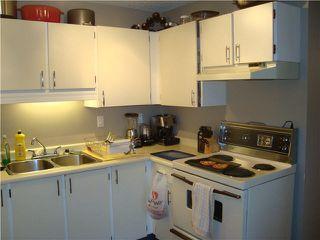 Photo 3: 305 2055 SUFFOLK Avenue in Port Coquitlam: Glenwood PQ Condo for sale : MLS®# V1119217