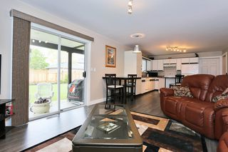 Photo 17: 18843 61A Avenue in Surrey: Cloverdale BC House for sale (Cloverdale)  : MLS®# F1439578