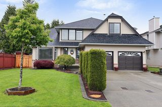 Photo 1: 18843 61A Avenue in Surrey: Cloverdale BC House for sale (Cloverdale)  : MLS®# F1439578