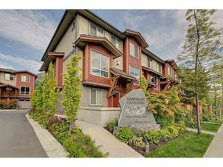 "Photo 1: 43 40653 TANTALUS Road in Squamish: Tantalus Townhouse for sale in ""TANTALUS CROSSING"" : MLS®# V1120805"