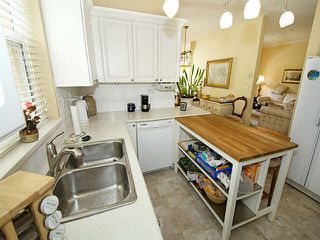"""Photo 11: 308 5555 13A Avenue in Tsawwassen: Cliff Drive Condo for sale in """"WINDSOR WOODS"""" : MLS®# V1129113"""