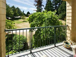 """Photo 5: 308 5555 13A Avenue in Tsawwassen: Cliff Drive Condo for sale in """"WINDSOR WOODS"""" : MLS®# V1129113"""