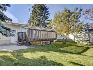 Photo 26: 5612 LADBROOKE Drive SW in Calgary: Lakeview House for sale : MLS®# C4036600
