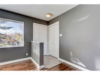 Photo 10: 5612 LADBROOKE Drive SW in Calgary: Lakeview House for sale : MLS®# C4036600