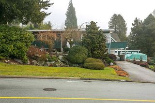 "Photo 4: 3508 ST. GEORGES Avenue in North Vancouver: Upper Lonsdale House for sale in ""UPPER LONSDALE"" : MLS®# R2023889"