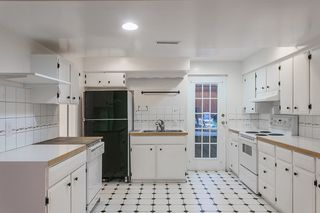"""Photo 18: 3508 ST. GEORGES Avenue in North Vancouver: Upper Lonsdale House for sale in """"UPPER LONSDALE"""" : MLS®# R2023889"""