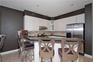 Photo 14: 134 Mackey Drive in Whitby: Lynde Creek House (Bungaloft) for sale : MLS®# E3442231
