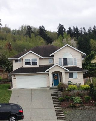 Photo 1: 46698 SYLVAN Drive in Sardis: Promontory House for sale : MLS®# R2053747