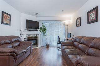 Photo 3: 409 525 AGNES Street in New Westminster: Downtown NW Condo for sale : MLS®# R2059084