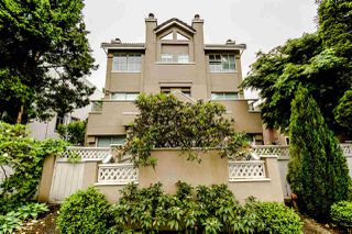 Photo 3: 2560 W 4TH Avenue in Vancouver: Kitsilano Townhouse for sale (Vancouver West)  : MLS®# R2066830