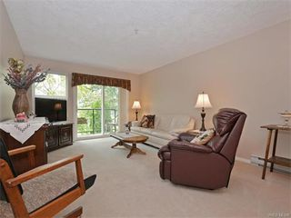 Photo 2: 206 1485 Garnet Rd in VICTORIA: SE Cedar Hill Condo for sale (Saanich East)  : MLS®# 736817