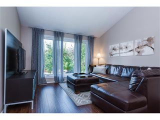 Photo 6: 31 STRATHEARN Crescent SW in Calgary: Strathcona Park House for sale : MLS®# C4076138