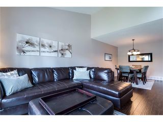 Photo 5: 31 STRATHEARN Crescent SW in Calgary: Strathcona Park House for sale : MLS®# C4076138