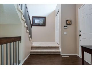 Photo 8: 31 STRATHEARN Crescent SW in Calgary: Strathcona Park House for sale : MLS®# C4076138