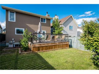 Photo 4: 31 STRATHEARN Crescent SW in Calgary: Strathcona Park House for sale : MLS®# C4076138