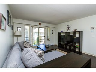 "Photo 7: 302 8695 160 Street in Surrey: Fleetwood Tynehead Condo for sale in ""MONTEROSSO"" : MLS®# R2099400"