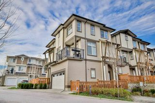 "Photo 2: 34 19433 68 Avenue in Surrey: Clayton Townhouse for sale in ""The Grove"" (Cloverdale)  : MLS®# R2123244"