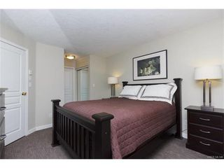 Photo 10: 410 490 Marsett Pl in VICTORIA: SW Royal Oak Condo for sale (Saanich West)  : MLS®# 747661