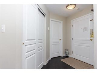 Photo 2: 410 490 Marsett Pl in VICTORIA: SW Royal Oak Condo Apartment for sale (Saanich West)  : MLS®# 747661