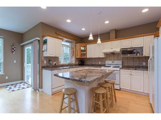 "Photo 3: 19659 JOYNER Place in Pitt Meadows: South Meadows House for sale in ""EMERALD MEADOWS"" : MLS®# R2134987"