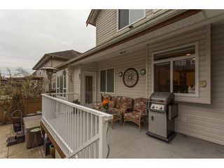 "Photo 2: 19659 JOYNER Place in Pitt Meadows: South Meadows House for sale in ""EMERALD MEADOWS"" : MLS®# R2134987"